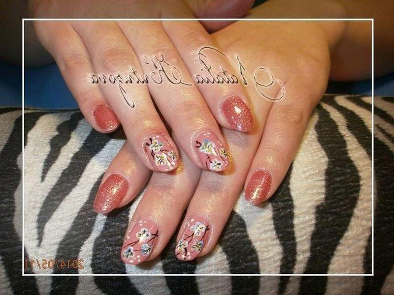 Нарощені нігті дизайн