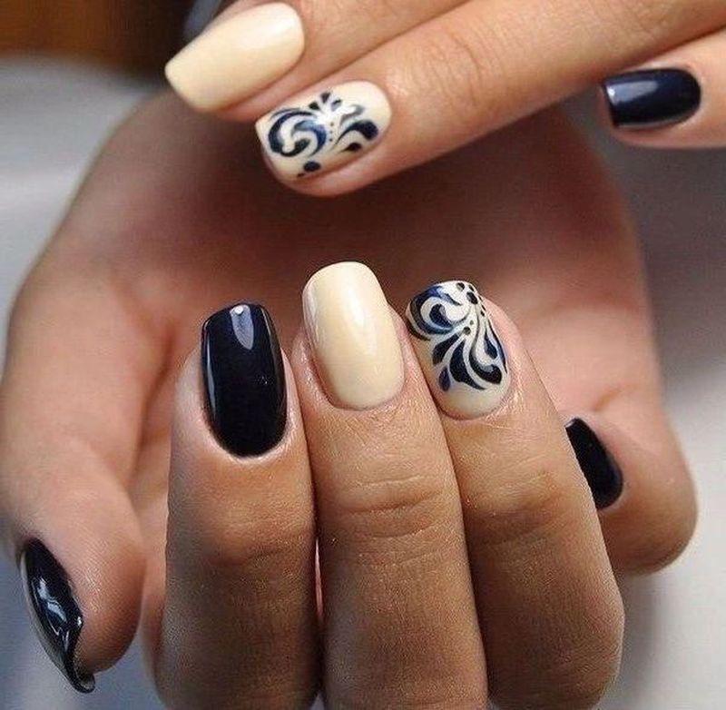 фото малюнки на нігтях