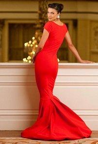 З чим носити червоне плаття  9fe01bf8d3c0d