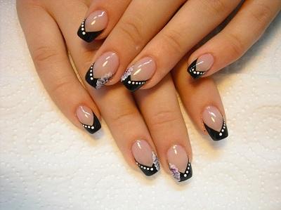 Фото нарощенных ногтей черно белый френч 7