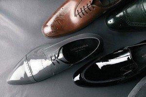Догляд за лакованим взуттям – поради справжнім модницям  b67336304a684