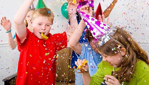 Новорічні конкурси для дітей і дорослих: цікаві, смішні та веселі рухливі