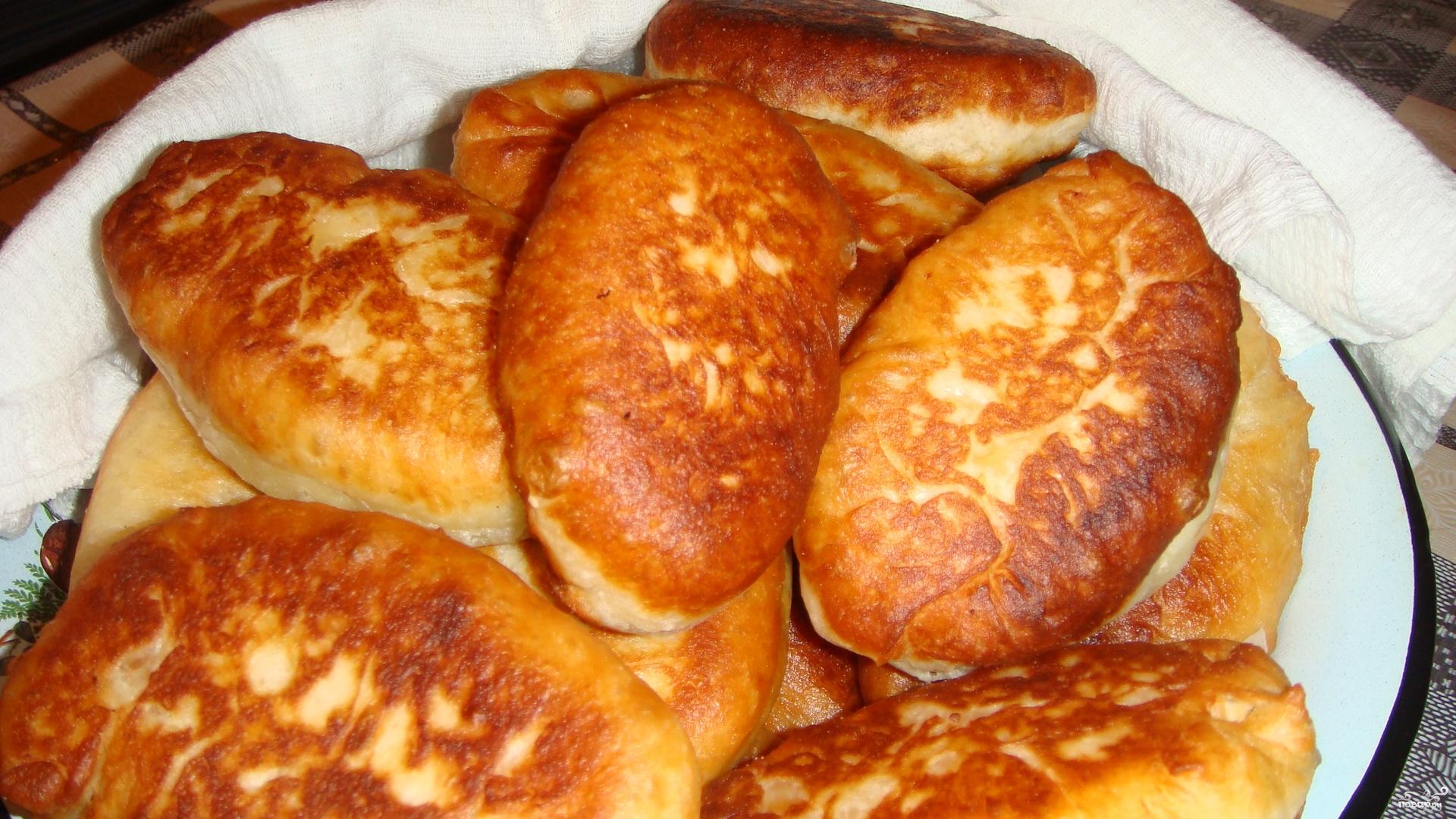 дрожжевое тесто для пирожков жареных на сковороде пошаговый рецепт