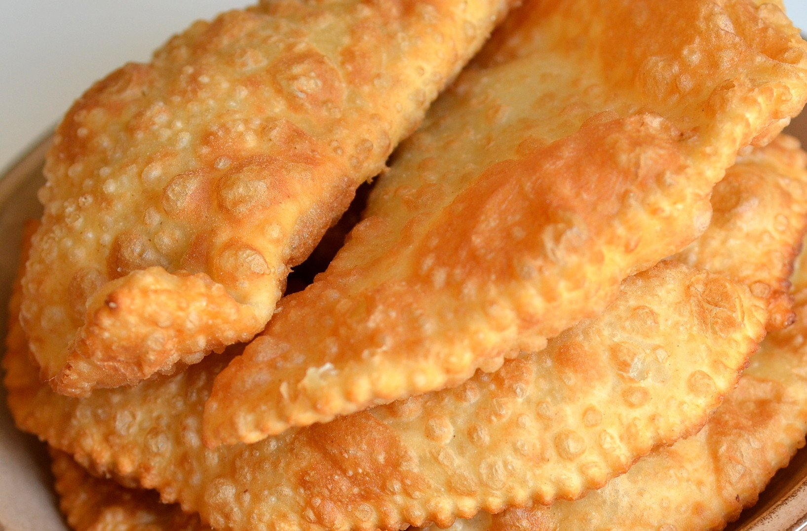 Чебуреки рецепт пошаговый хрустящие на