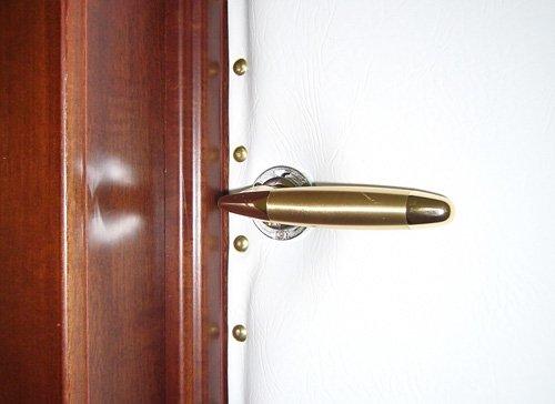 Входная деревянная утепленная дверь своими руками