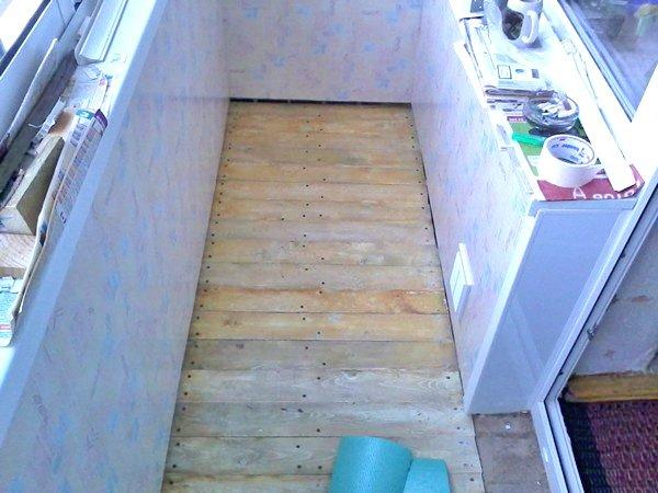 Как сделать пол на балконе из доски 373