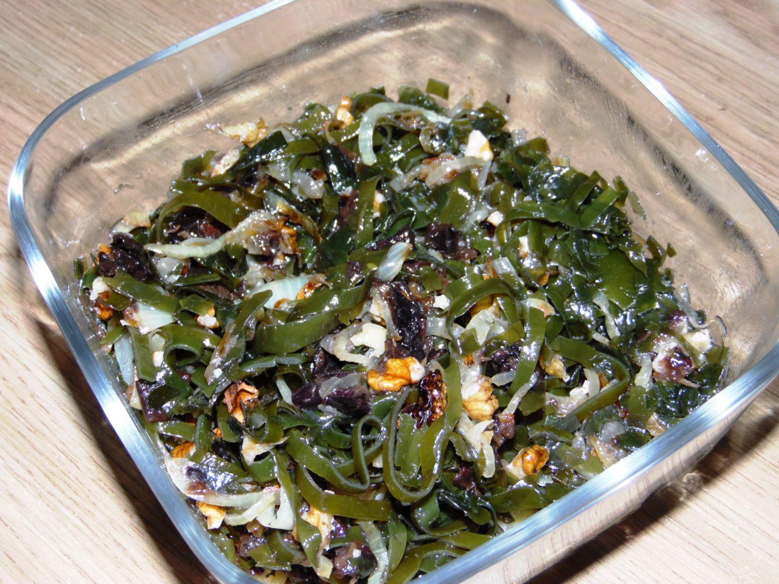 Как сделать салаты из морской капусты 698