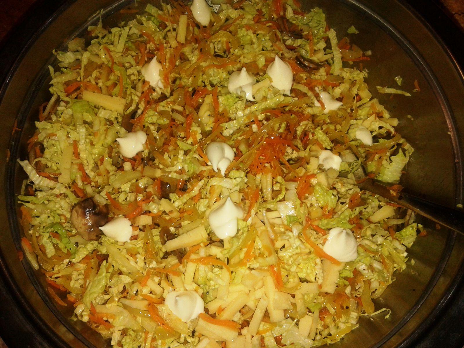 Рецепты салатов с грибами жареными рецепты с