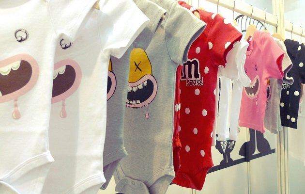 Розміри новонароджених за місяцями  вибираємо шапочку на голову і одяг  немовляті  cbb5c02efc9d5
