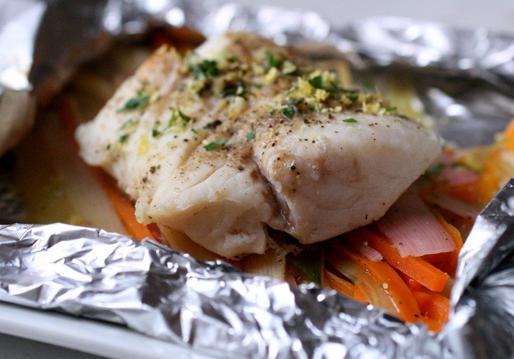 Картошка с минтаем в духовке в фольге рецепт с