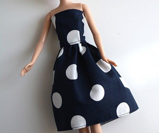Платья для кукол своими руками для начинающих из ткани