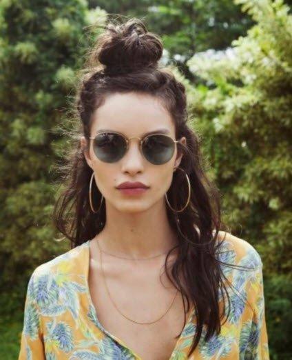 Найпопулярніша повсякденна зачіска на довгі і середні волосся