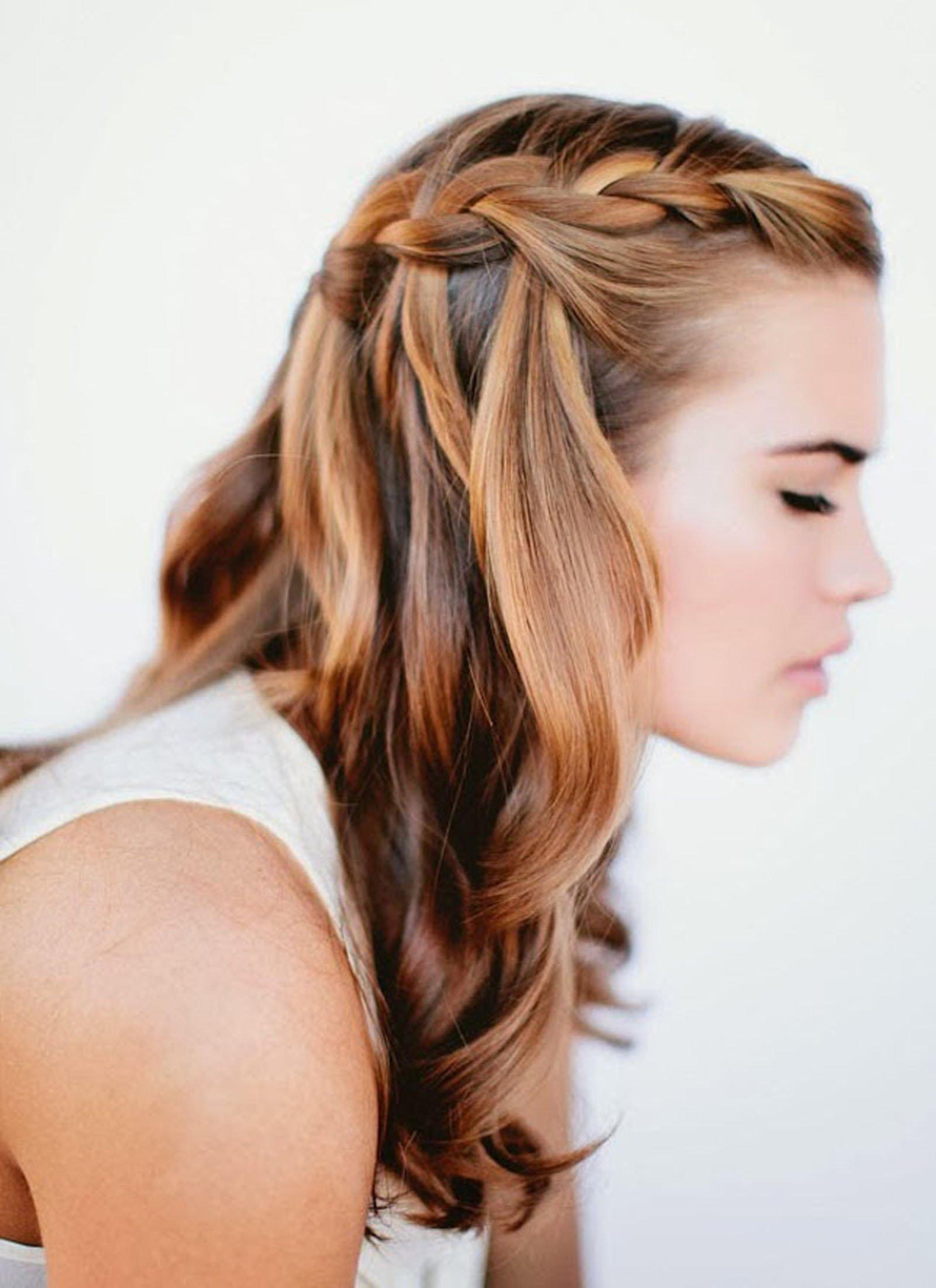 Красивые прически на средние волосы с косами фото